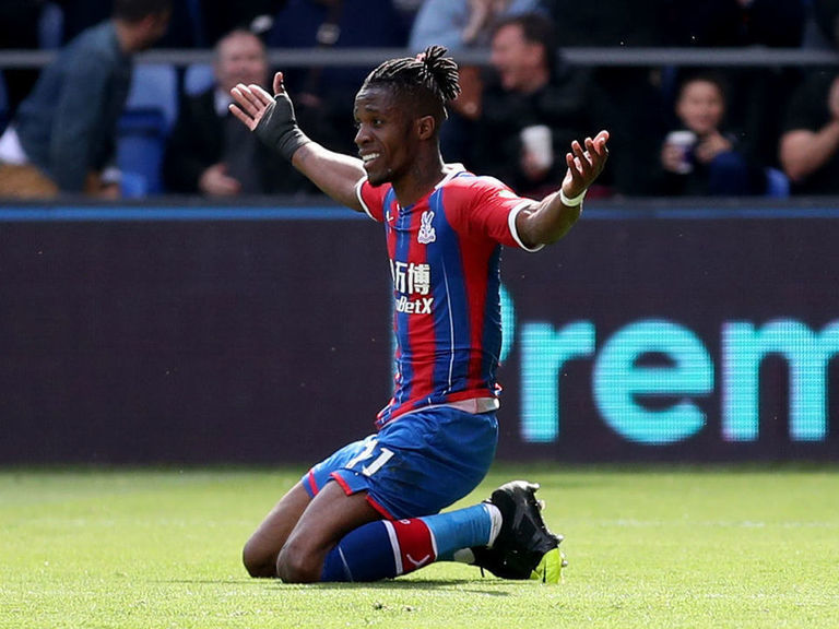Report: Crystal Palace demand £100M for wantaway Zaha