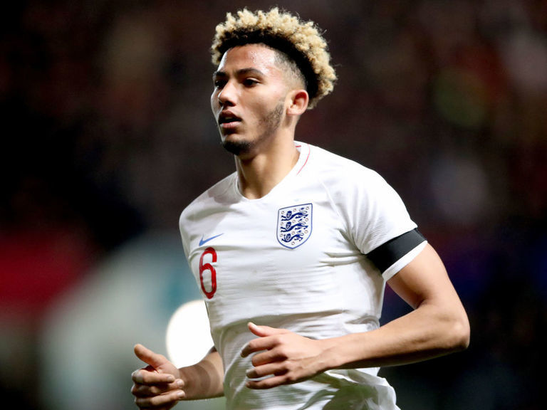 Bournemouth sign Lloyd Kelly from Bristol City for reported £13 million