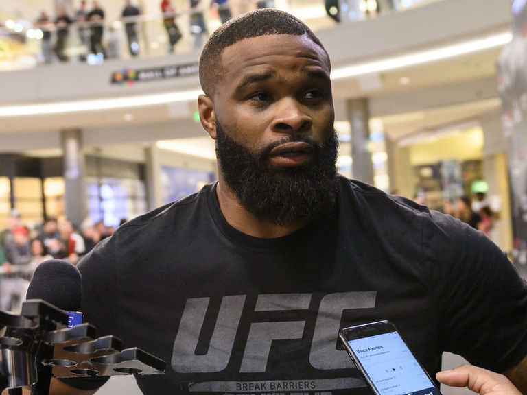Cageside Catch-up: Woodley details hand injury