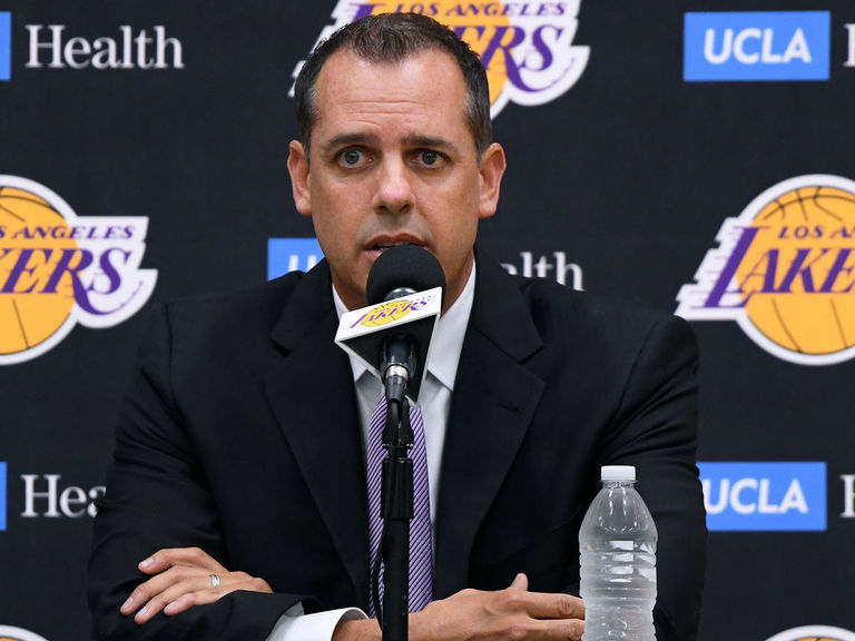 New Lakers coach Vogel not worried about having Kidd on staff