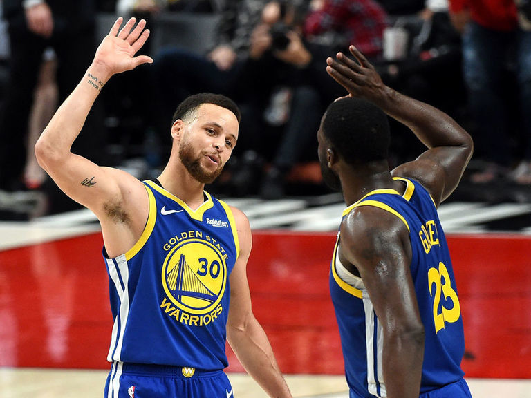 Curry, Draymond become 1st teammates with triple-doubles in same playoff game