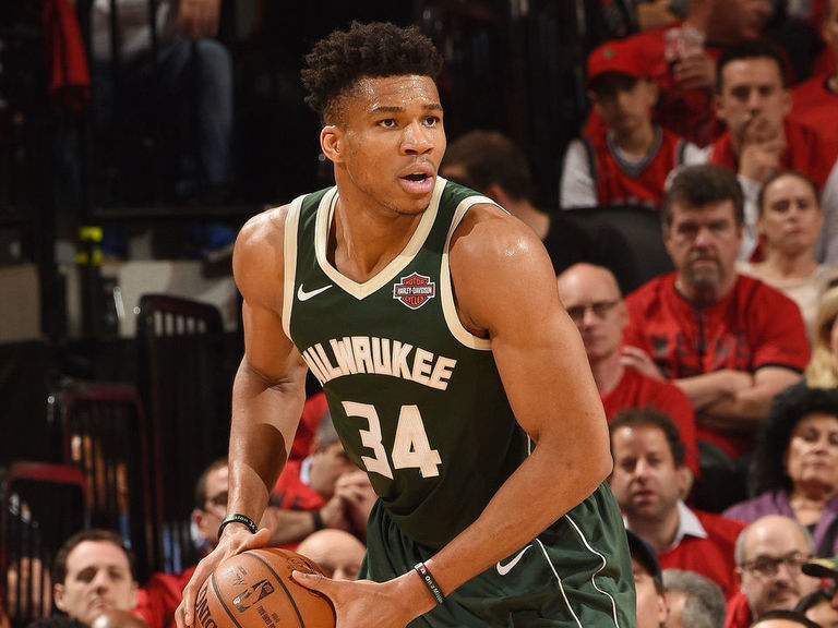 Report: Giannis' 1st signature shoe to be released in June