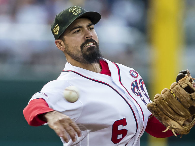 Nationals GM: 'We're aggressively trying to sign Anthony Rendon'