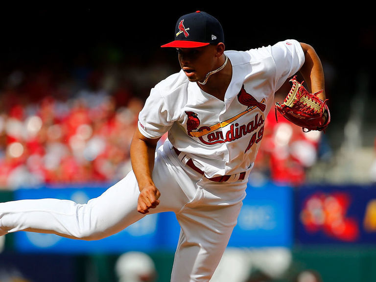 Cardinals' Hicks diagnosed with torn UCL