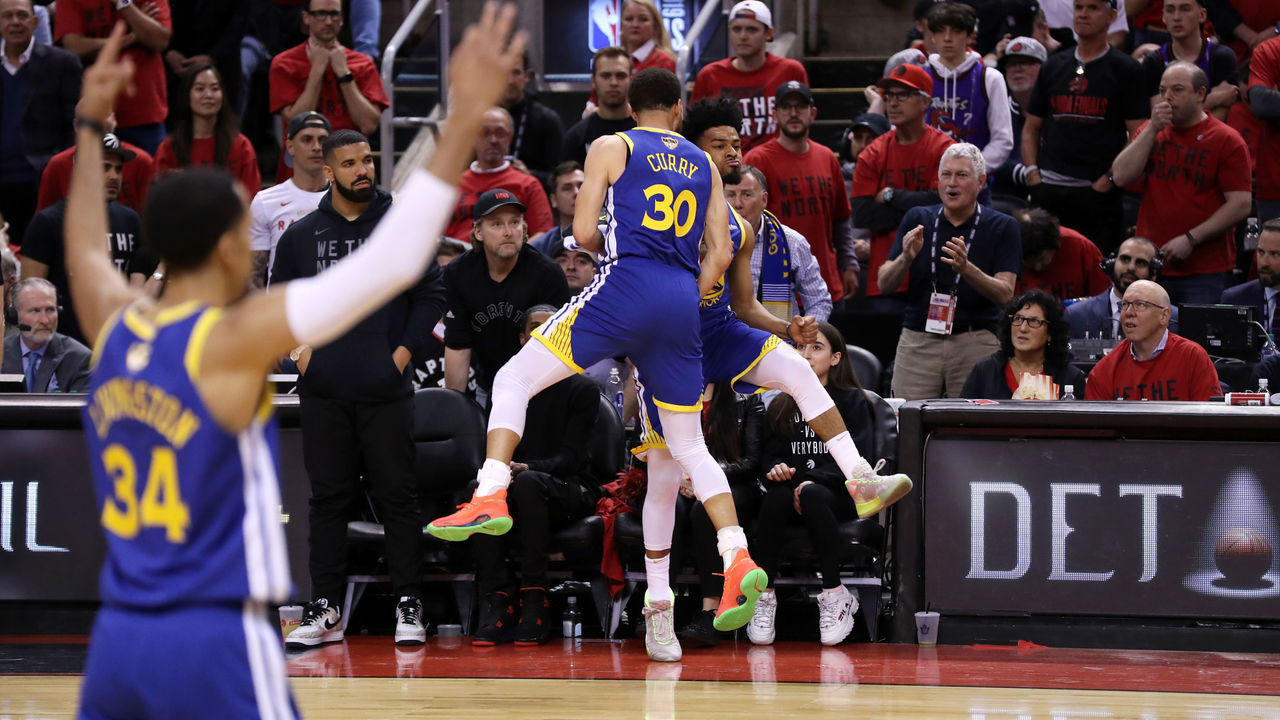 separation shoes f4135 c9fd9 Game 2 takeaways: How the wounded Warriors evened The Finals ...