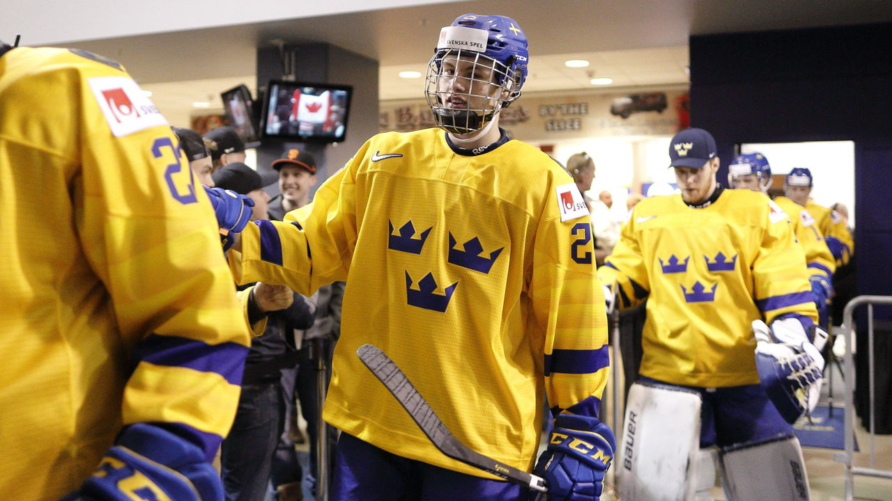 Final NHL Mock Draft: Byram, Cozens move up while Broberg falls to