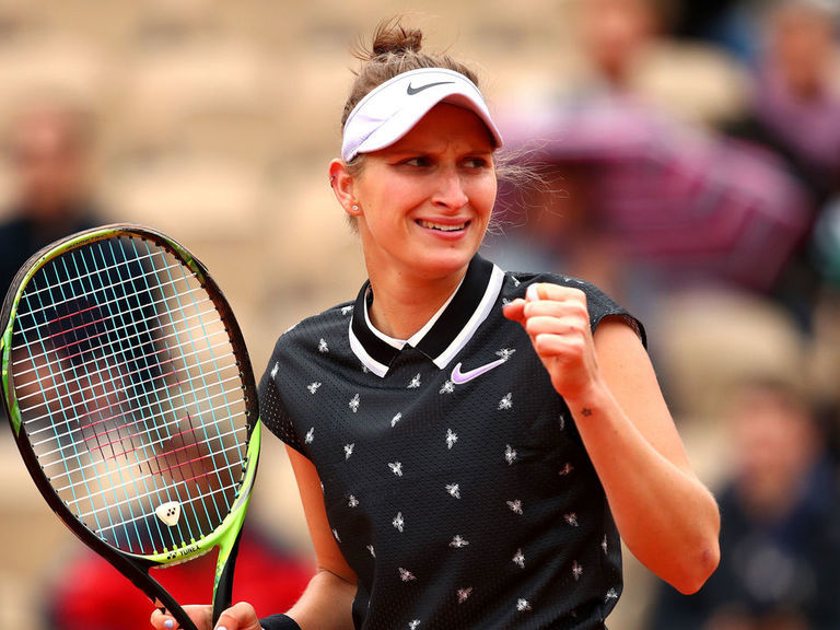 Vondrousova, Barty advance to French Open women's final