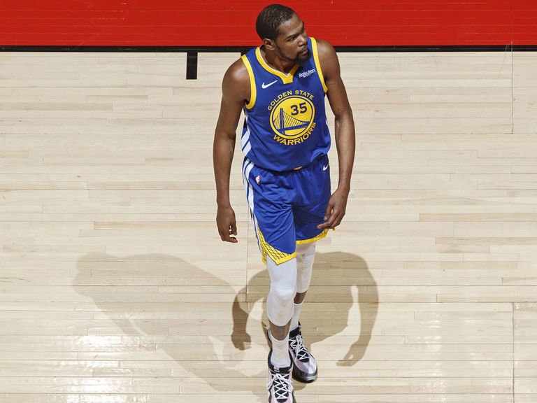 Injured Durant posts message after win: 'I'm hurting deep in the soul'