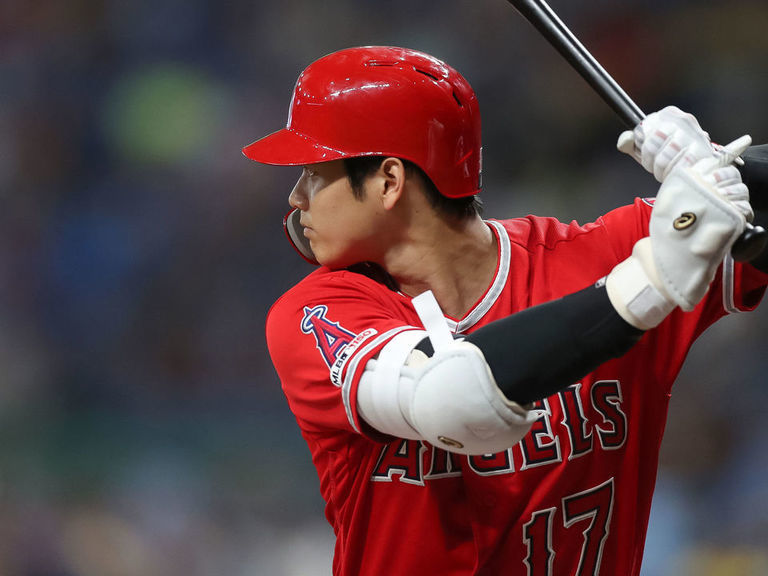 Ohtani becomes 1st Japanese-born player to hit for cycle in MLB