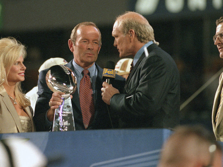 Elway, TD pay respects to Bowlen: 'The world has lost a great man'