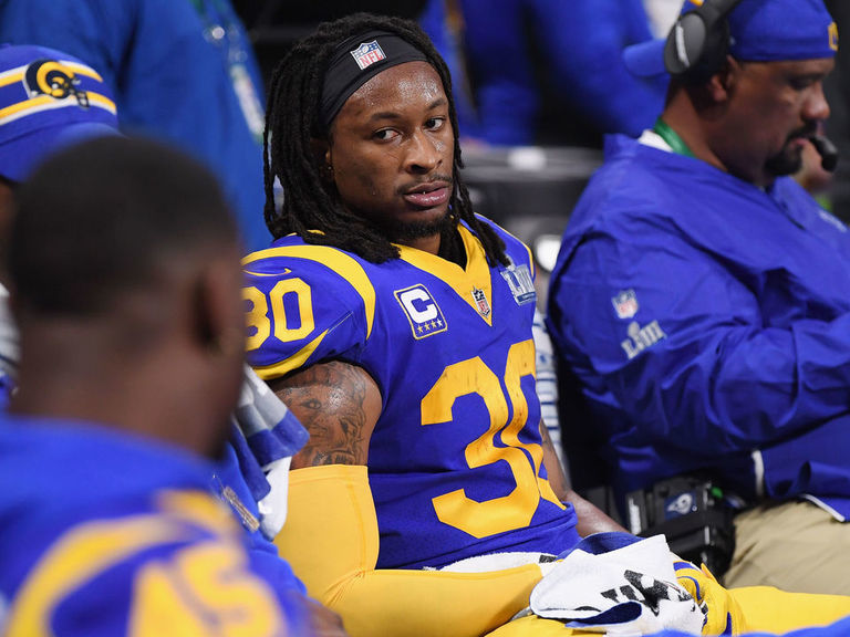 Trainer: Gurley's knee has 'arthritic component,' plan to manage it unchanged