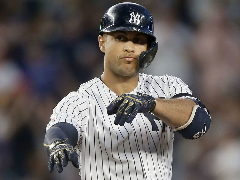 Stanton returns to Yankees' lineup for must-win Game 5