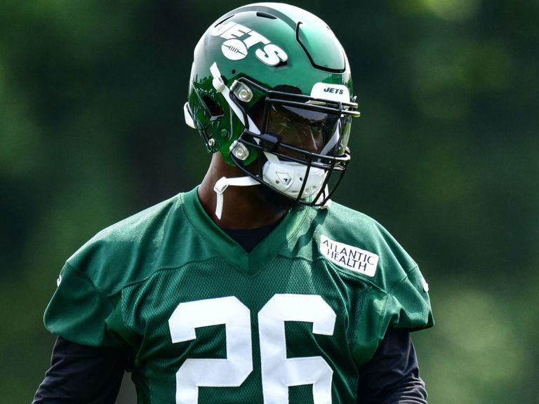 Jets HC says Bell won't play in preseason