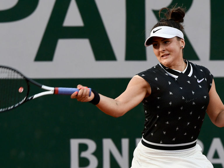 Andreescu withdraws from Wimbledon due to shoulder injury