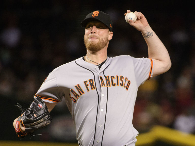 Report: Giants not ruling out trading Will Smith to division-rival Dod
