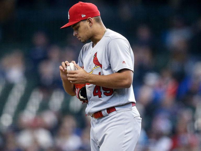 Cardinals' Hicks to undergo Tommy John surgery