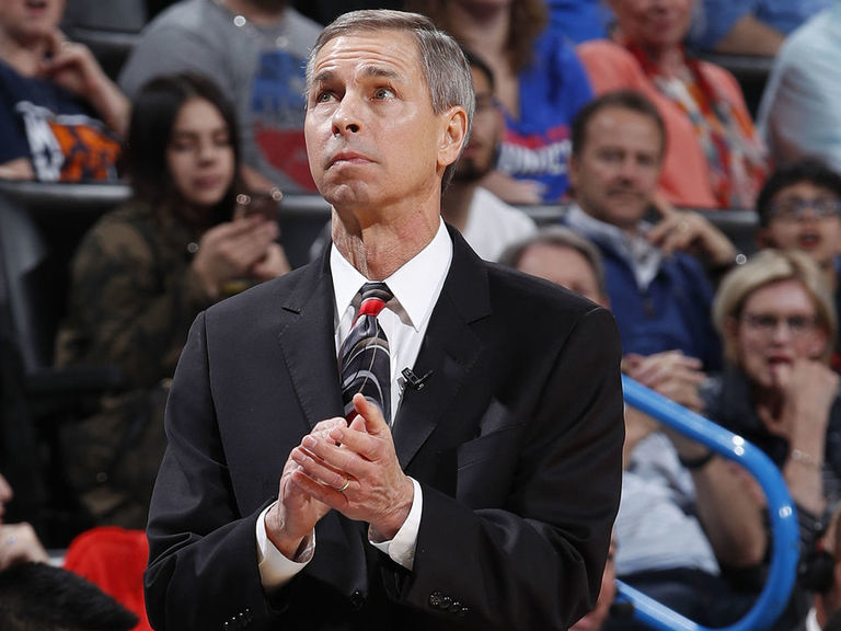 Report: Pelicans close to adding ex-Rockets assistant Bzdelik