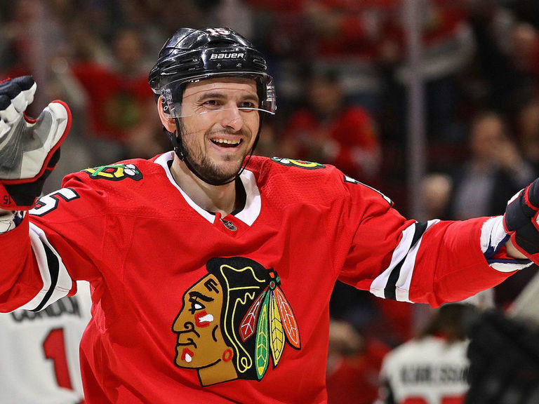 Blackhawks trade Anisimov to Senators for Smith