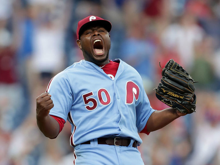 Dodgers accuse Phillies' Neris of screaming 'F--- you' at dugout