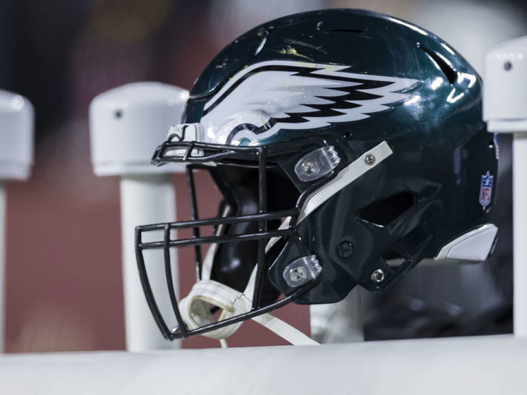 Report: Eagles add former CFL exec Catherine Raiche to front office