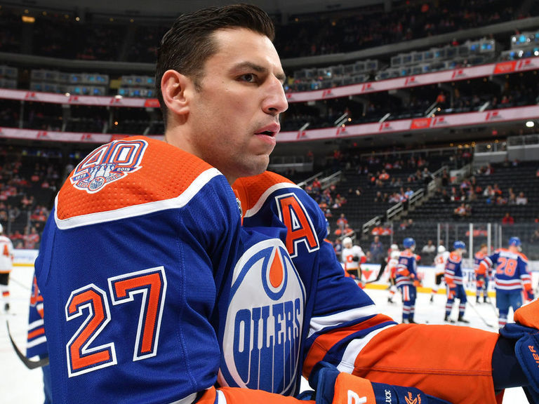 Lucic admits he put 'too much pressure' on himself with Oilers