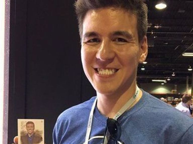 'Jeopardy!' champion James Holzhauer featured on baseball card