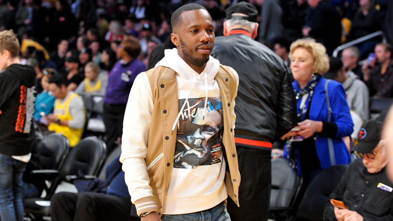 Wade's son Zaire picks up scholarship offer from Nebraska