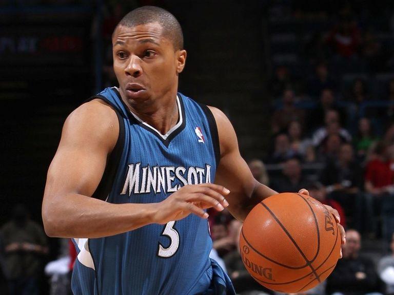Ex-NBA guard Telfair sentenced to 3 1/2 years in prison