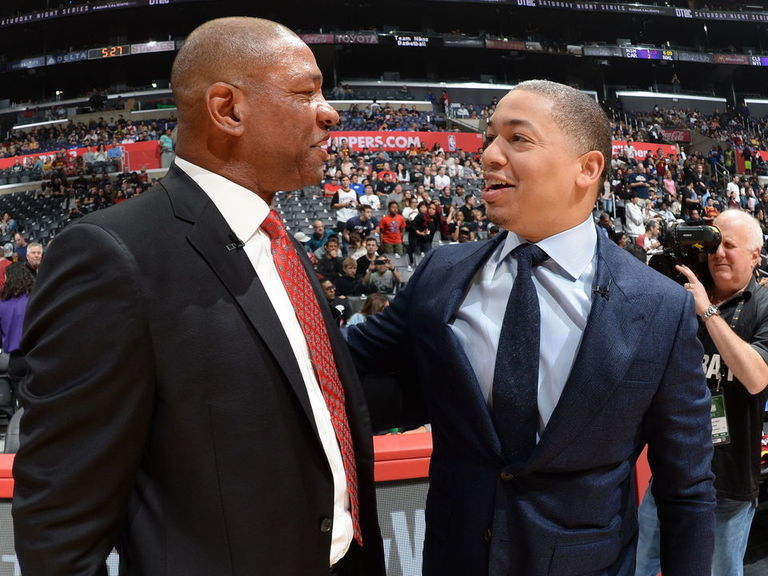 Report: Clippers close to hiring Lue as top assistant to Rivers