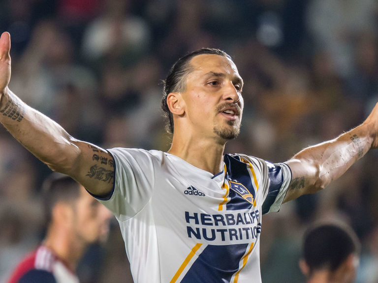 Ibrahimovic says new teammate Pavon is 'too good for MLS'
