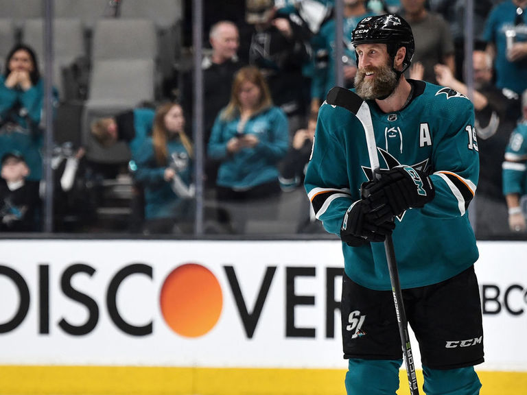 Report: Thornton expected to re-sign with Sharks