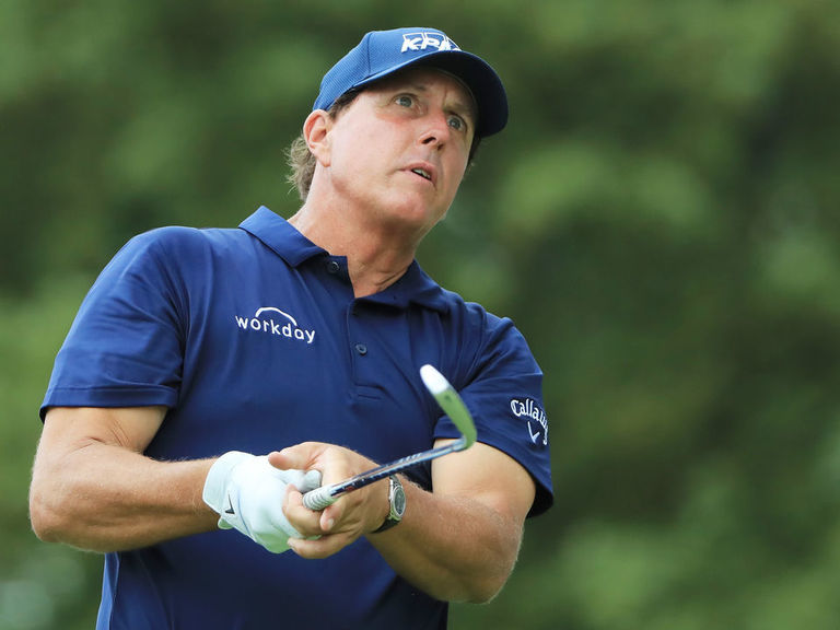 Mickelson: 'Much better options' than me for U.S. Presidents Cup team