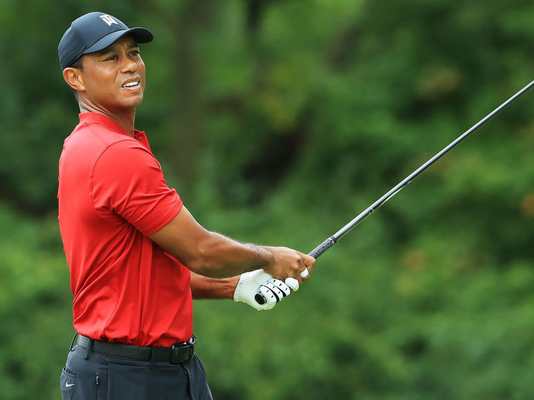 Tiger ends season with even-par 72 at BMW Championship