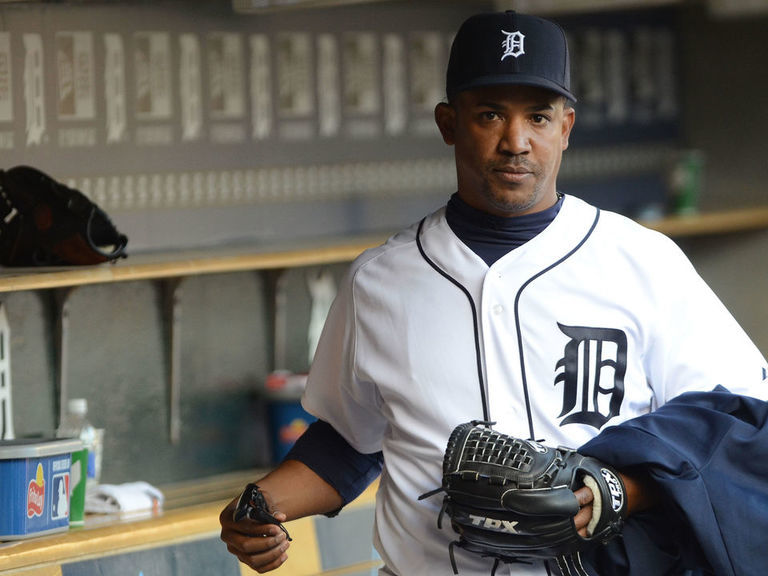 Report: Former MLBers Dotel, Castillo linked to organized crime sting