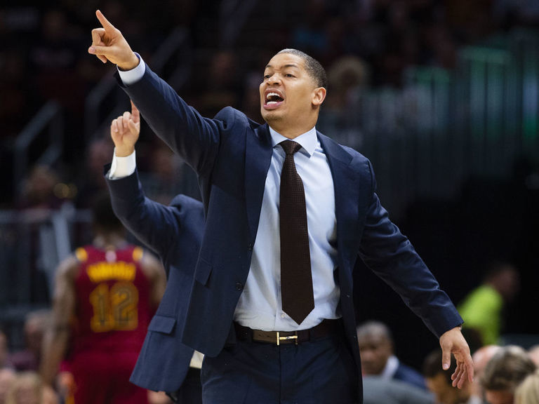 Report: Lue agrees to deal to become Clippers' top assistant