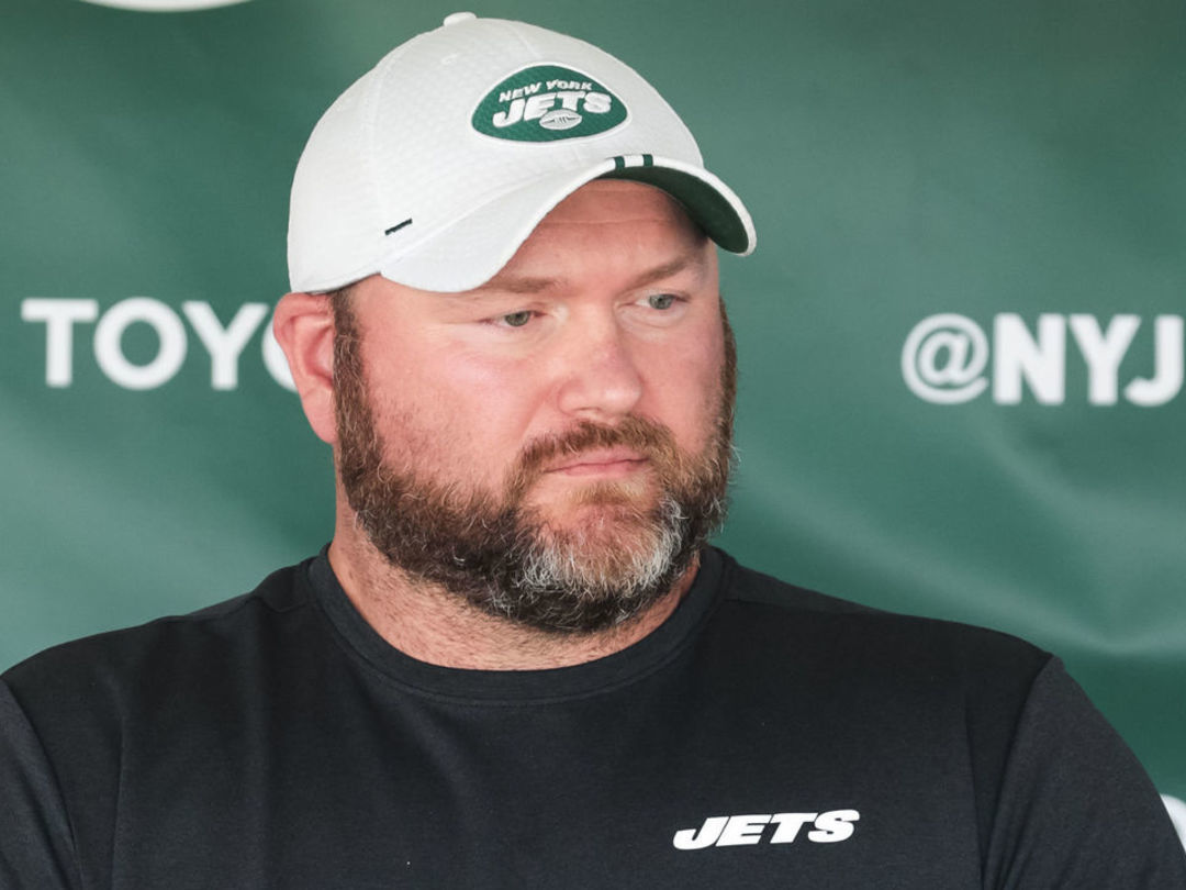 Jets GM open to dealing high draft picks for