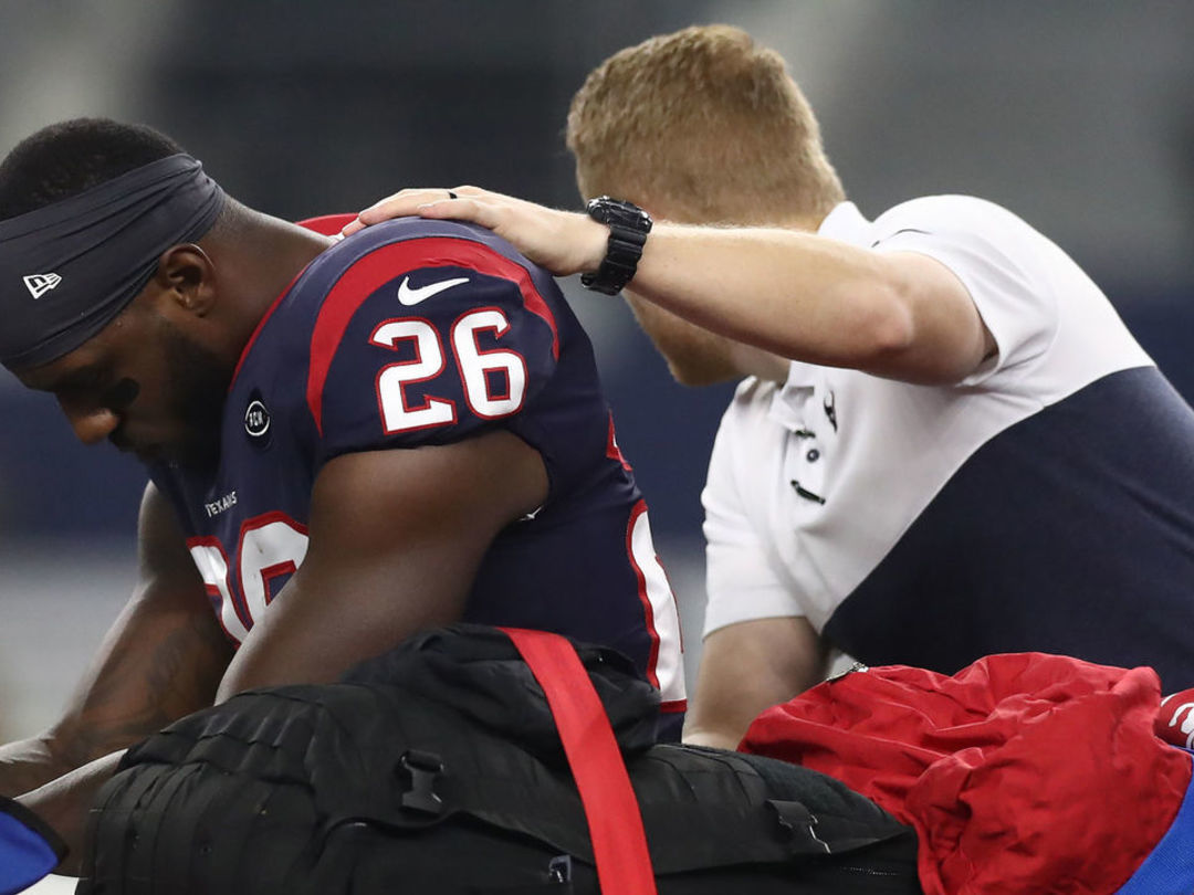 Report: Texans fear Miller suffered torn ACL