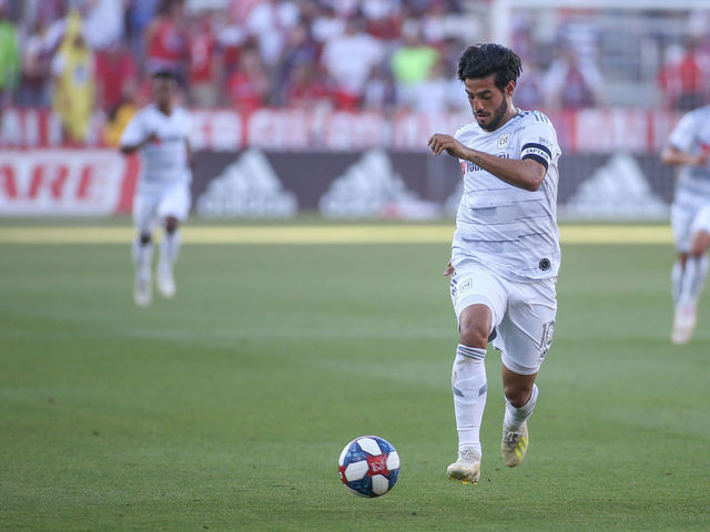 FRISCO, TX - MAY 19: Los Angeles FC forward Carlos Vela (10) advances the ball during the game between FC Dallas and Los Angeles FC on May 19, 2019 at Toyota Stadium in Frisco, TX.