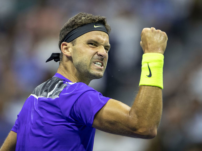 Dimitrov roars back to stun Federer, reach US Open semifinals