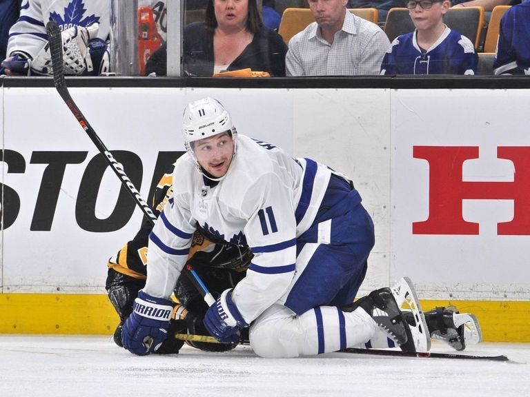 Babcock thinks Hyman will miss 14-15 games to start the season