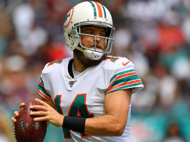 Dolphins reverse course, name Fitzpatrick starter vs. Bills
