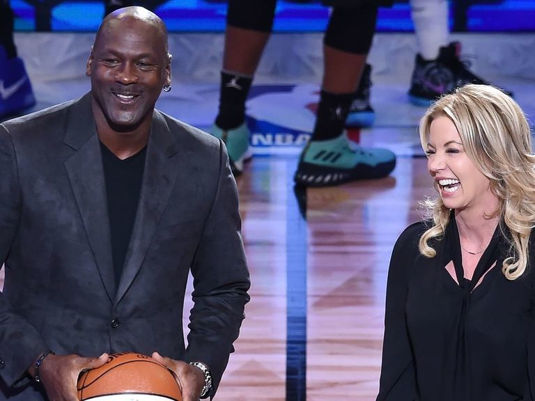 Jordan, Buss, 2 other NBA owners launch premium tequila brand