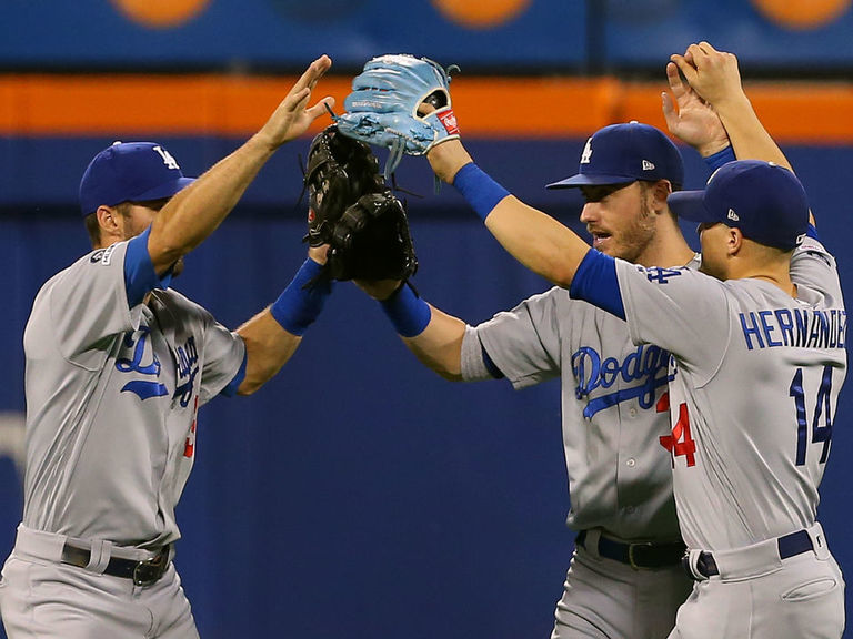 World Series odds update: Dodgers lead the pack, Brewers free fall