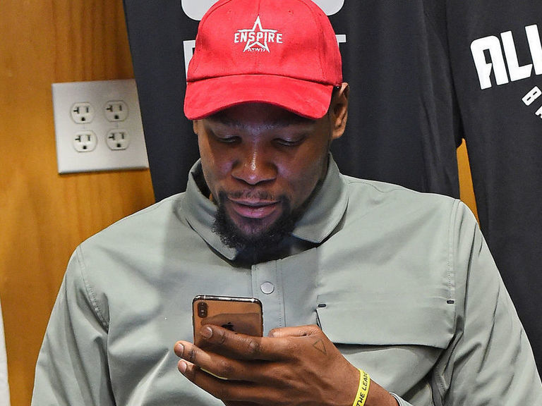 KD rips Magic's opinion on leaving Warriors, deletes tweet
