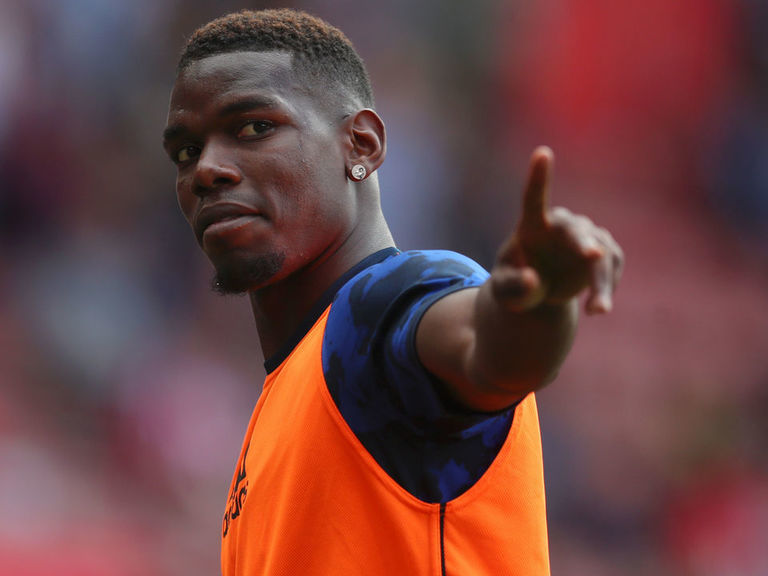 Report: United hope to begin Pogba extension talks in coming weeks