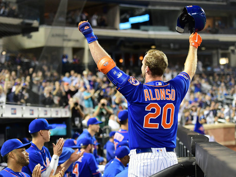 PECOTA projections tab Mets, Reds as division winners