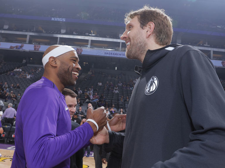 Carter says Dirk called him 'insane' for playing a 22nd season