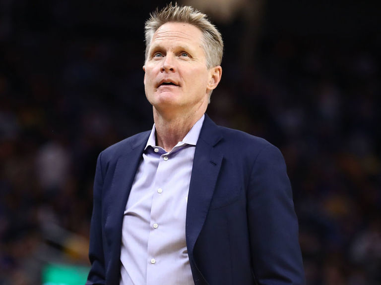 Kerr doesn't like NBA's new coach's challenge