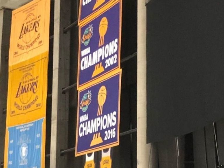 Kings cover up Taylor Swift banner at Staples Center