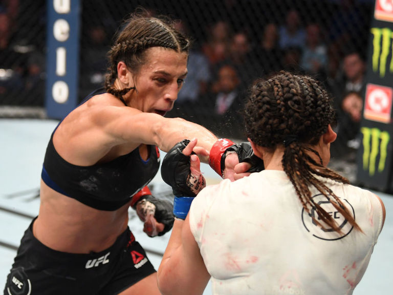 Jedrzejczyk earns UD win over Waterson at UFC Tampa